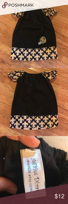 4T Saints Ruffled Sleeve Dress Who Dat fans will love this adorable 4T Ruffled Sleeve Saints Dress. Very Unique. Dresses Casual