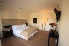 De Verdwaalde Boer - Suite type Gordons Bay Villa, Type, Bed, Furniture, Home Decor, Decoration Home, Stream Bed, Room Decor, Home Furnishings