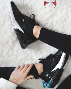 Designer React Shoes Men's Running Shoes Women Sneakers Trainers Male Sports Athletic Triple Black White Walking Outdoor Shoes<br> On Shoes, Black Shoes, Nike Shoes, Aldo Shoes, Gucci Shoes, Shoes Sandals, Oxford Shoes, Nike Air Max, Mens Trainers