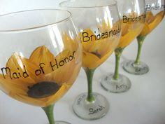 Bridesmaid sunflower wedding glasses For the bridal party The post Bridesmaid sunflower wedding glasses appeared first on Margarett. Summer Wedding, Diy Wedding, Dream Wedding, Wedding Day, Wedding Stuff, Autumn Wedding, Wedding Ceremony, Trendy Wedding, Wedding Attire