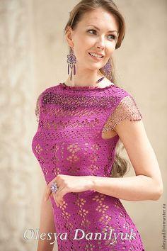 Вечернее платье-футляр - фуксия,однотонный,нарядное платье,ажурное платье