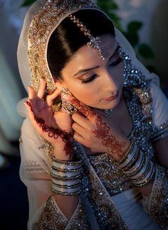 Blue Eyes Walima / Reception Asian Bridal Makeup By Aishi - YouTube