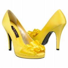 Nina Canary shoes