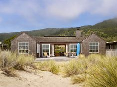 Northern California's Stinson Beach Home Tour | Beach House Decorating