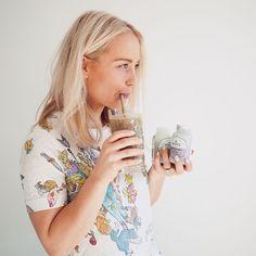 Uusia smoothievinkkejä ja kikkakolmosia hikiselle hotjoogatunnille nyt blogissa! 💦💙💎  Kuukauden testissä olleet @nordiqnutrition ravintolisät saa 110% Hearbeats-sertifikaatin - niin laadukasta ja luonnollista että! 🍃🐛👌🏻  Lemppari protskujauhoa olikin jo tovi etsitty ja nyt se löytyi. Buhbye ällöt lisä-, täyte- ja makeutusaineet! 🙅Kurkkaa blogidiblogi 👆🏼  #yhteistyö #smoothieinspo #nordiqnutrition #luonnollistaenergiaa #qualitystuff #nocrap