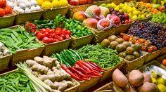 8 Lebensmittel, die du abends nie essen solltest Nicht nur Kaffee und fettiges Essen stören einen gesunden Schlaf. Im Blog liest du, welche Nahrungsmittel du meiden solltest, damit du gut schläfst. http://www.blog.meinduft.de/8-lebensmittel-die-du-abends-nie-essen-solltest/ #einschlafen #lifestyletipp #meinduft #nahrungsmittel