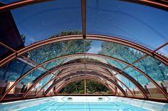 retractable pool enclosures