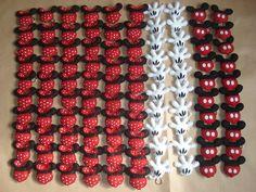 Chaveiros Minnie e Mickey. Encomenda da mamãe Fabiola (São Paulo - SP) para comemorar os 2 aninhos da filha Laura. R$3,80