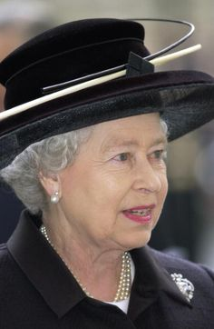 On April 19, 2002, the royal family went to Westminster Abbey for a memorial service to celebrate the life of Princess Margaret.  Queen Elizabeth II wore a black hat and  a black outfit for mourning.