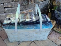 Picnic basket redo with chalk paint