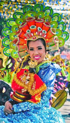 Sinulog Festival | 20 Photos of the Philippines that will make you want to pack your bags and travel © Aime Andrade via @Just1WayTicket