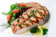 Consigli di cucina per cucinare il pesce al forno e alla griglia in modo sano e corretto, per rendere i piatti leggeri e gustosi
