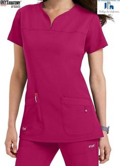 Greys Anatomy by Barco Filipina Medica de Uniforme Quirurgico Spa Uniform, Scrubs Uniform, Scrubs Pattern, Stylish Scrubs, Scrubs Outfit, Womens Scrubs, Uniform Design, Medical Scrubs, Nursing Scrubs