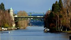 As with Rome, Seattle has seven hills, here are Seven Bridges, Seattle (Video)