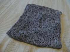 catesby three- hour cowl