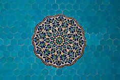 lypeach:    Islamic art by paveldobrovsky on Flickr.