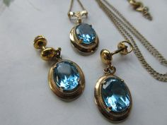 Amco Blue Crystal Necklace and Earrings Vintage by AndOnToWillow #ecochic #vintagejewelry #etsygiftideas