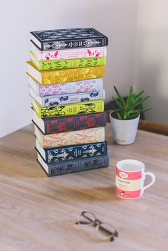 Treat your mum to a bundle of beautiful Penguin clothbound classics this year. Just £33 for 3 stunning books