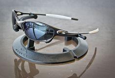 Cool Sunglasses, Sunglasses Outlet, Sunnies, Oakley Eyewear, Ichiro Suzuki, Oakley Juliet, Oakley Glasses, Athletic Gear, Mens Gear