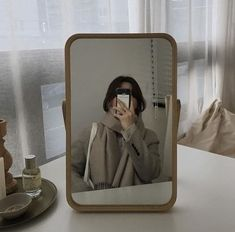 soft aesthetic tones of coffee Aesthetic Korea, Aesthetic Photo, Aesthetic Girl, Aesthetic Pictures, Cream Aesthetic, Brown Aesthetic, Ulzzang Korean Girl, Aesthetic Room Decor, Foto Pose