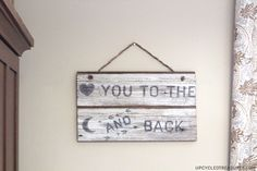 23 Romantic Valentine's Day DIY Love Signs