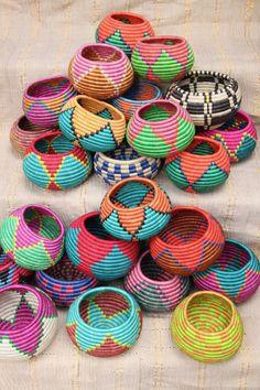 Baskets On Wall, Woven Baskets, Desert Colors, African Crafts, Basket Crafts, Plant Holders, Homemade Gifts, Basket Weaving, Making Baskets