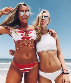 Shop for trendy swimwear, clothing and accessories for women at affordable prices Best Friend Pictures, Bff Pictures, Friend Photos, Summer Pictures, Beach Pictures, Beach Pics, Steph Claire Smith, Shotting Photo, Photos Bff