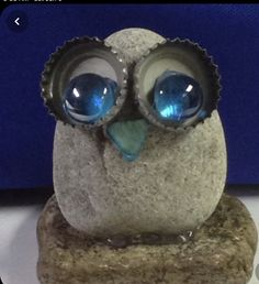 Crafts To Make, Arts And Crafts, Homemade Crafts, Deco Nature, Rock Painting Designs, Owl Crafts, Junk Art, Stone Crafts, Owl Art