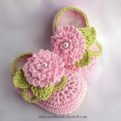 Crochet Baby Booties free pattern....love these especially the flower....