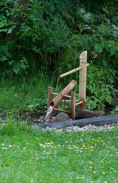 Shishi-odoshi in Budapest ZOO Bamboo Water Fountain, Backyard Water Fountains, Water Fountain Design, Backyard Water Feature, Garden Fountains, Pond Design, Garden Design, Japanese Water, Japan Garden