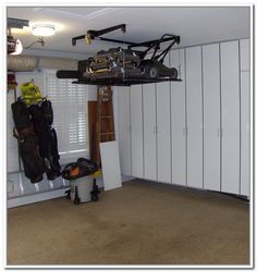 Lawn Mower Storage Lift.... Yes!