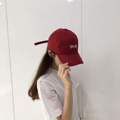 red aesthetic ulzzang girl 얼짱 cherry bomb strawberries soft minimalistic kawaii cute g e o r g i a n a : a e s t h e t i c s Grunge Style, Grunge Girl, Soft Grunge, Ulzzang Girl Fashion, Style Ulzzang, Korea Fashion, Asian Fashion, 90s Fashion, Fashion Women