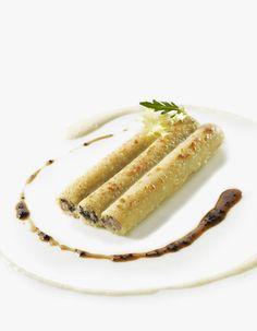 Tortellini, Paris Brest, Top Restaurants, The Dish, Hot Dog Buns, Entrees, Cooking Recipes, Banana, Plates