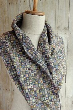 """""""Carres Liliput"""" large scarf EV 