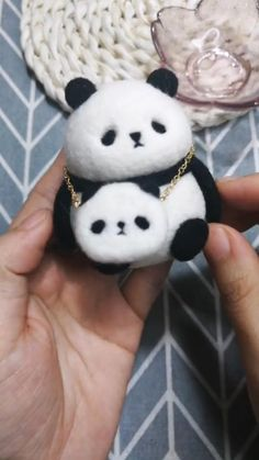 Fun And Easy Diys, Panda, Crochet Doll Tutorial, Needle Felted Owl, Star Wars Stickers, Needle Felting Tutorials, Cute Clay, Felt Baby, Hand Applique