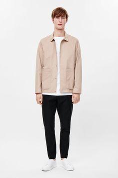 Jacket with large pockets