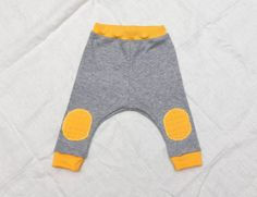 Baby soft jersey harem pants with knee pads Grey by ZanziBach, €18.00