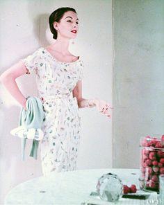 Portrait: Model Cherry Nelms photographed by Frances McLaughlin-Gill for Vogue (1954)