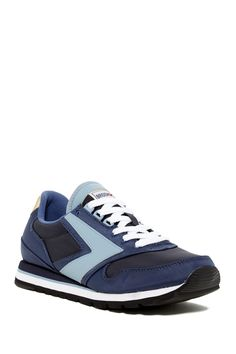Brooks - Chariot Sneaker at Nordstrom Rack. Free Shipping on orders over $100.