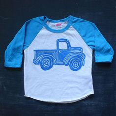 A vintage inspired truck printed on a neon blue and white baseball shirt with blue ink. Size chart is available in the last photo. American Apparel brand, these tend to run a bit small. Monster Truck Birthday, Man Birthday, Boy Birthday Parties, Birthday Ideas, Birthday Gifts, Husband Birthday, Custom Birthday Shirts, Personalized Birthday Shirts, Personalised Gifts