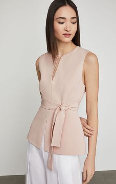 Shop BCBG's selection of tops for women. Browse a variety of shirts for women, including designer tops, chic tops and more to find the right styles for you. Girl With Sunglasses, Cocktail Gowns, Monochrom, Girls Shopping, Blouse Designs, Stella Mccartney, Heidi Klum, Fashion Outfits, Stylish
