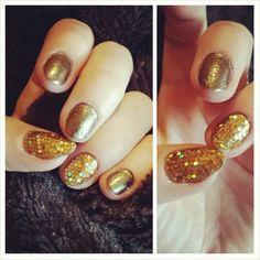 Gold nails ♡