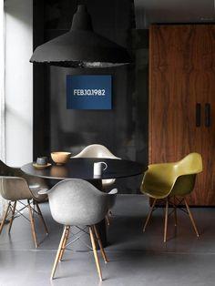 Best Masculine Dining Room Design Ideas that You Need to See Today Dining Room Design, Interior Design Kitchen, Modern Interior Design, Interior Architecture, Dining Area, Kitchen Designs, Interior Ideas, Esstisch Design, Eames Chairs