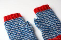 Knit fingerless gloves Blue grey red striped fingerless mittens by Nastiin