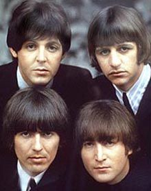 A great Beatles poster of the four Mop Top-ped lads from Liverpool - John Lennon, Paul McCartney, George Harrison, and Ringo Starr! Check out the rest of our selection of Beatles posters! Need Poster Mounts. Ringo Starr, George Harrison, Paul Mccartney, John Lennon, Steve Jones, The Beatles, Beatles Photos, Beatles Guitar, Beatles Trivia