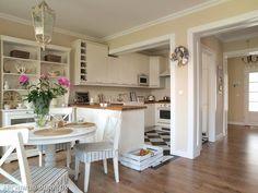 dining room design,interior design,dining room decor,home decor Cocinas Kitchen, Cottage Living, Dream Decor, Dining Room Design, Modern Interior Design, Country Kitchen, My Dream Home, Kitchen Dining, Dining Rooms