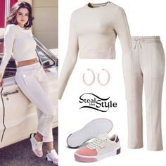 Find out where your favorite celebrities buy their clothes and how you can get their looks for less. Selena Gomez Outfits, Selena Gomez Style, Winter Fashion Outfits, Stylish Outfits, Celebrity Airport Style, Puma Outfit, Look At Her Now, Kylie Jenner Style, Long Sleeve Crop Top