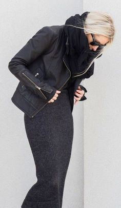 Just a pretty style | Latest fashion trends: Winter chic | Deep grey dress, leather jacke and oversize scarf