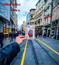 伊斯坦布爾的獨立大街是讓人能產生許多想像與趣味的地方,這裡也是年輕人喜歡相約碰面的地點。 ©ilkinkaracan