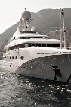 dream-villain:  Luxury Yacht.